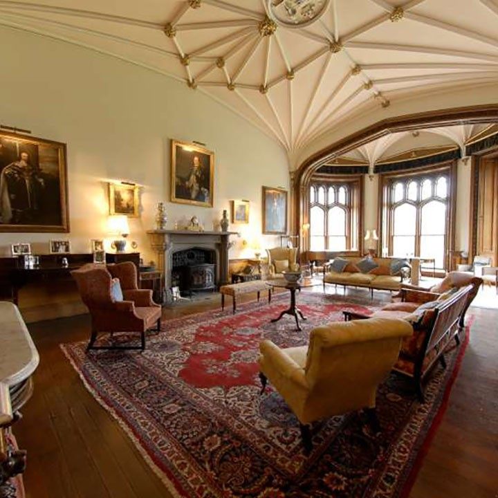 20 Glorious Old Mansion Bedrooms: The Gem Of The Scottish Borders
